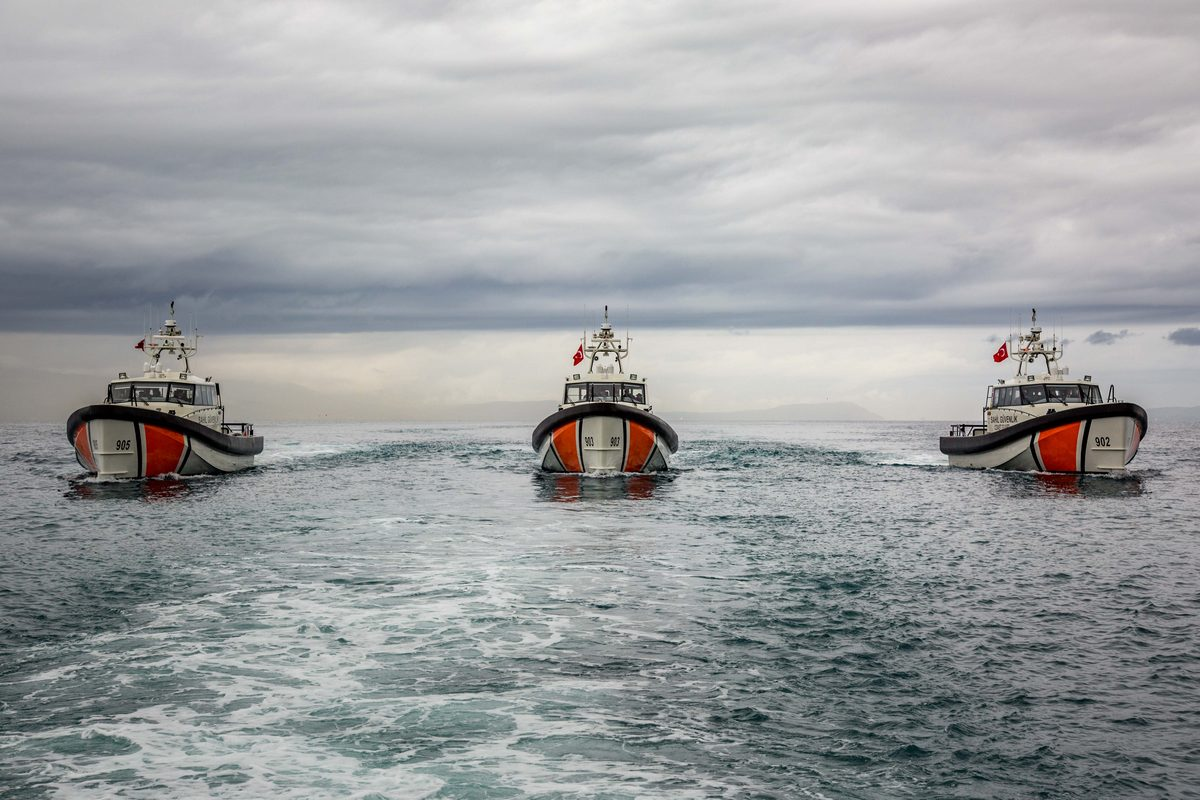Damen signs Phase II contract with International