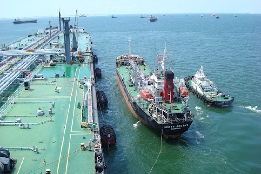 Singapore delivered/ex-wharf 380 CST bunker spread may stay